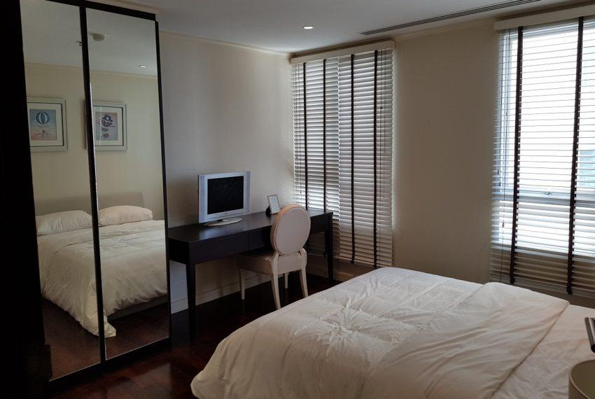 The Oleander Sukhumvit 11 3-beds furnished sale - bedroom 1