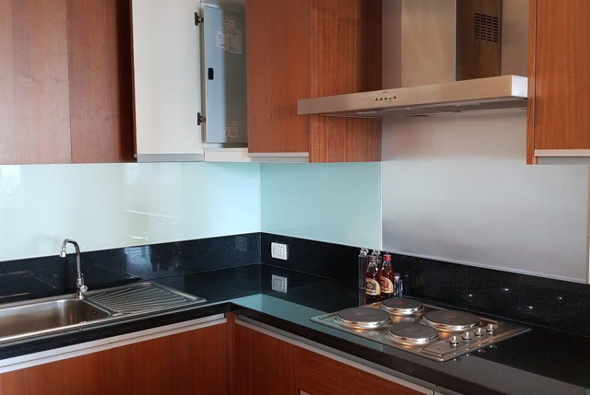 The Oleander Sukhumvit 11 3-beds furnished sale - kitchen