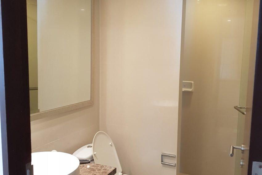 The Oleander Sukhumvit 11 3-beds furnished sale - toilet