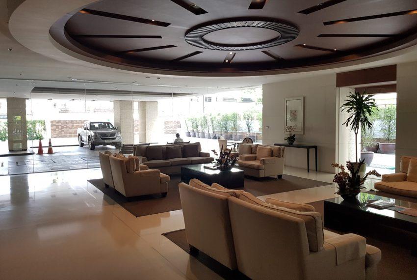 The Oleander Sukhumviy 11 Condo - nice lobby