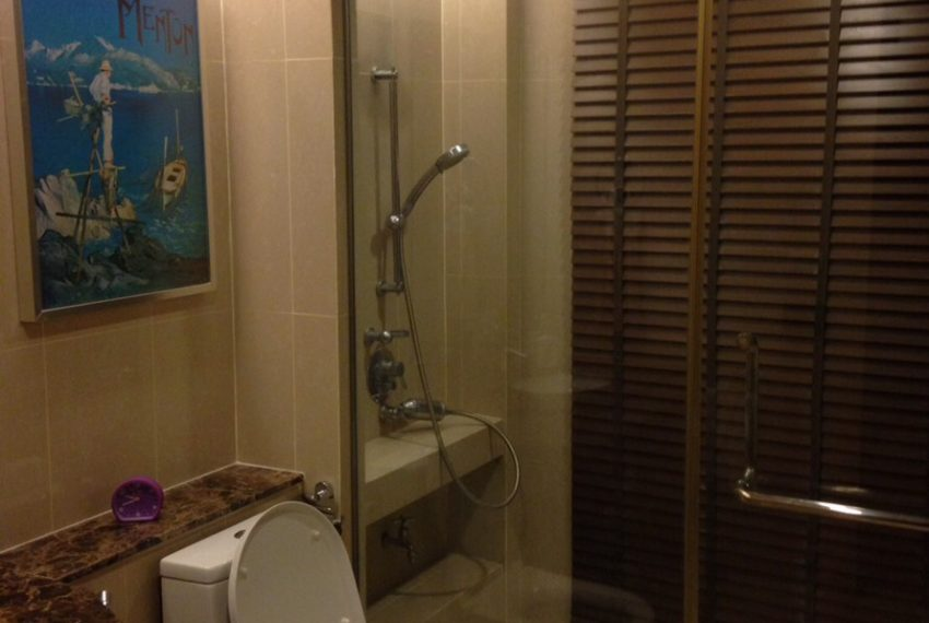 The Pnime-Selles-bathroom4
