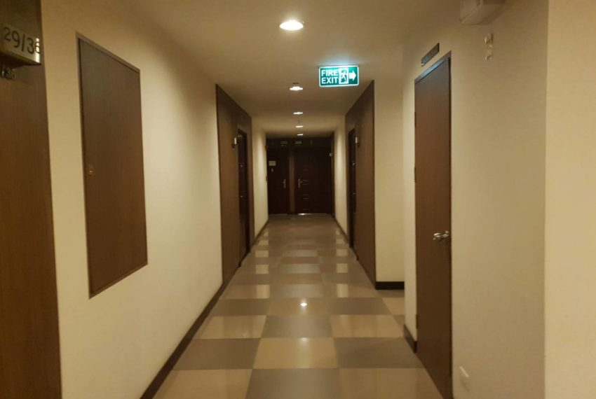 The Prime 11 - 1b1b on mid-floor-sale-Walkway1