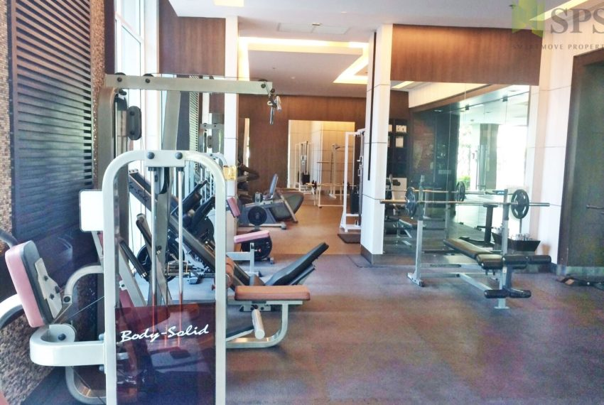The Prime 11 Condominium in Nana - gym