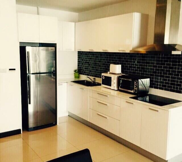 The Prime Sukhumvit 11 - 2-bedrooms - sale - fridge