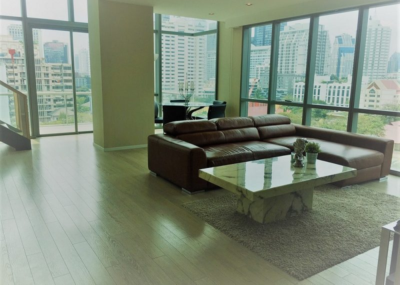 The-Room-Asoke-living-area2