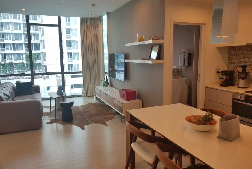 The-Room-Sukhumvit-21-1bedroom-sale-living