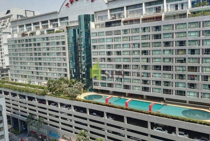 The Trendy Condominium in Sukhumvit 13 - building