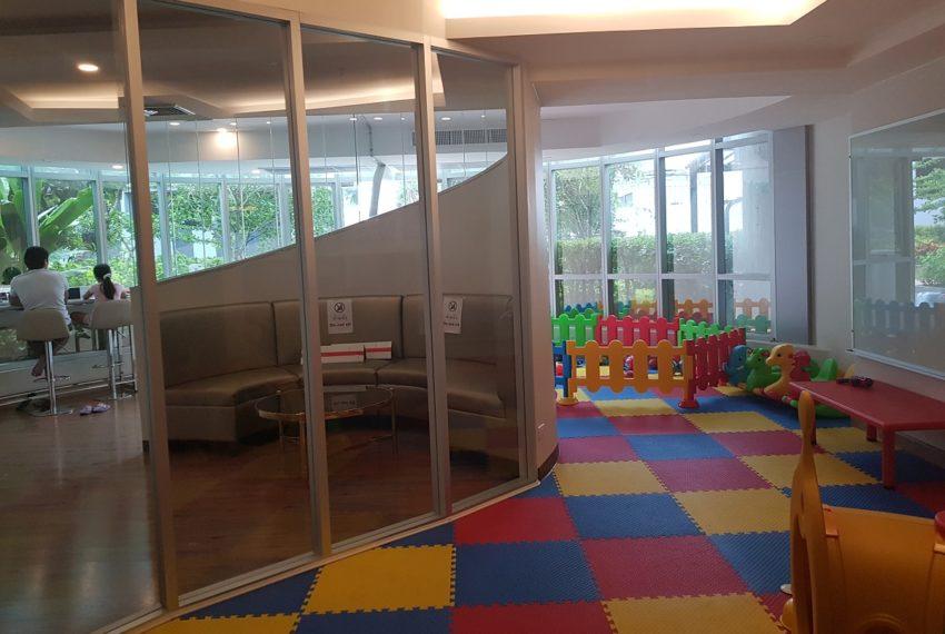 The Trendy Condominium in Sukhumvit 13 - playground