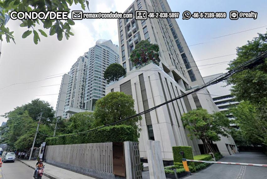 The XXXIX by Sansiri condominium - street view
