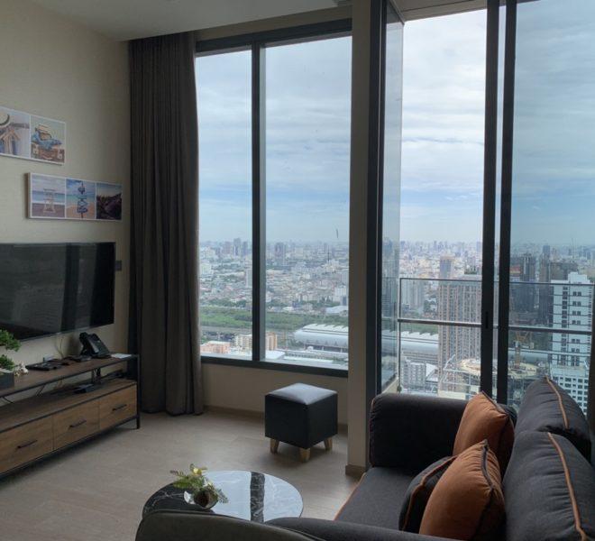 Top floor apartment rent in Asoke - 1 Bedroom - The Esse Asoke