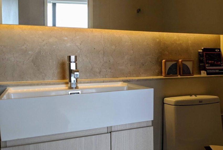 The lumpini 24-bathroom-rent