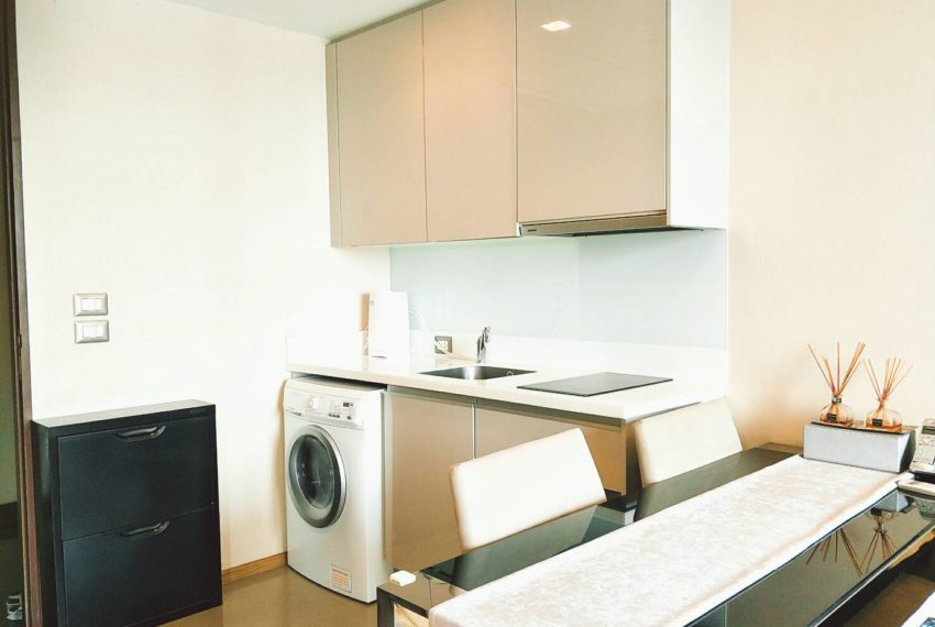 TheAddressAsoke-1b1b-sale-high-floor-kitchen