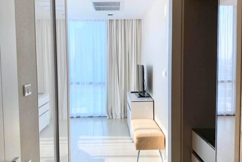 TheRoomAsoke_Livingroom3_Rent