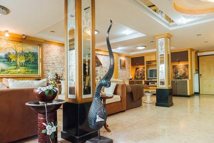 Townhouse Sukhumvit 26 for sale - decorated