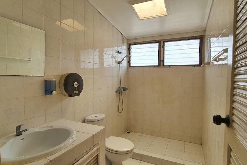 TownhouseSK39_Bathroom_Rent