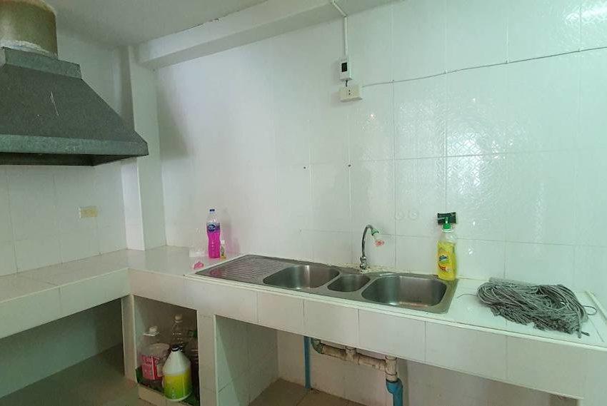 TownhouseSK39_Kitchen_Rent