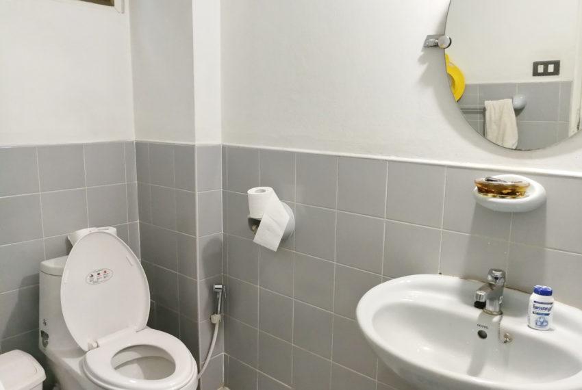 Townhouse_4FL4b5b_Bathroom1FL
