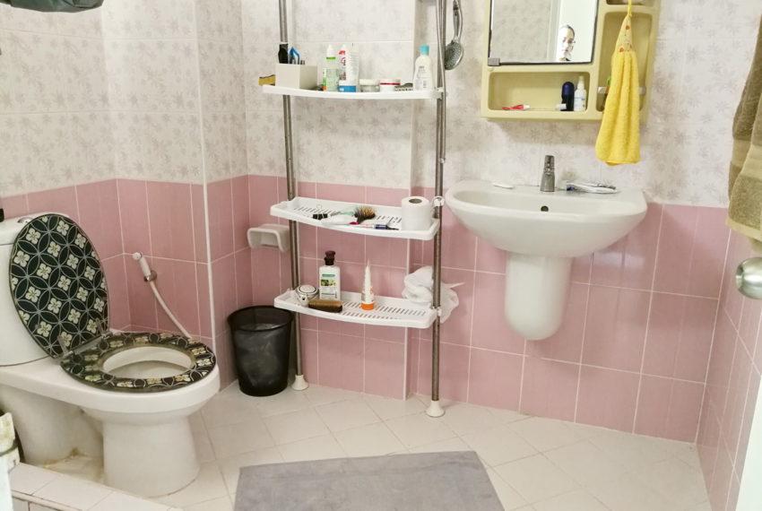 Townhouse_4FL4b5b_Bathroom2FL_back