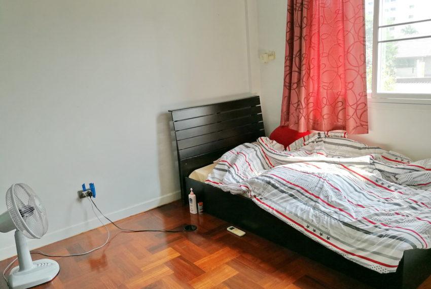 Townhouse_4FL4b5b_Bedroom3FL_Back