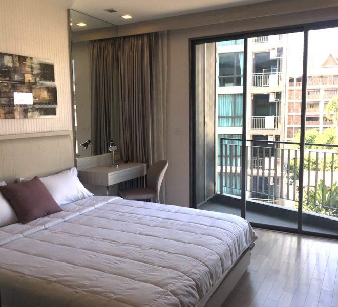 Condo for sale in Sukhumvit 16 - 1-bedroom - low-rise - Trapezo