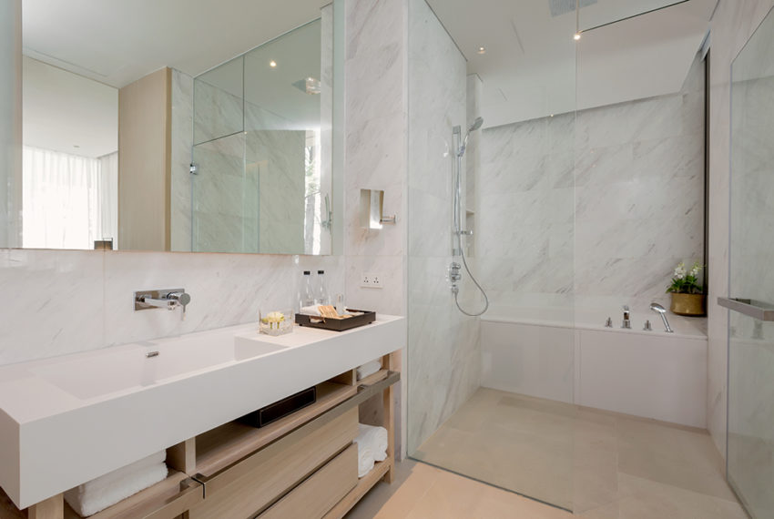 Twinpalmes Residences MontAzure - One Bedroom Show Suite - Bathroom2