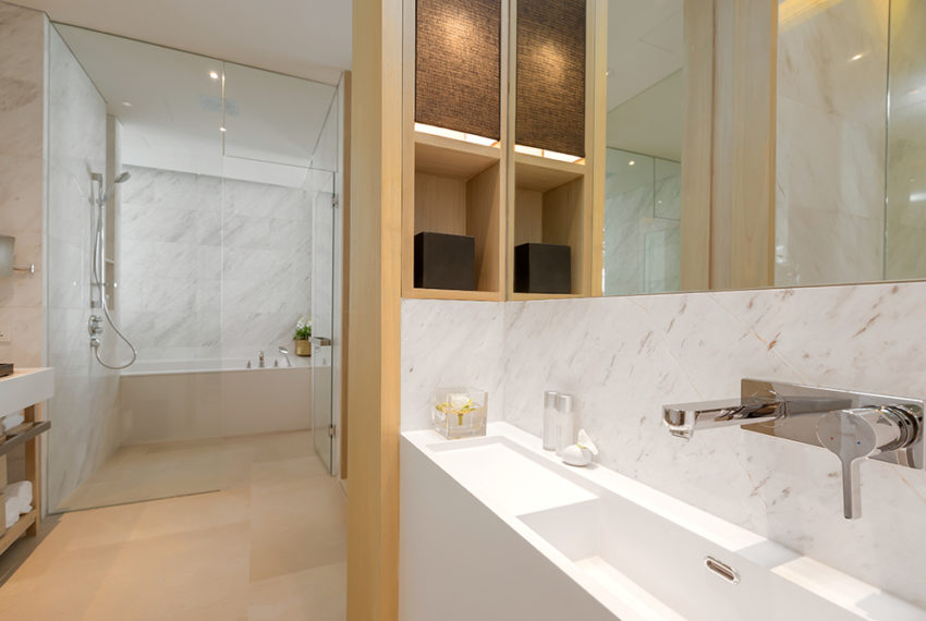 Twinpalmes Residences MontAzure - One Bedroom Show Suite - Powder Room