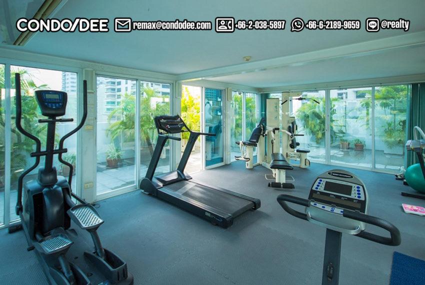 Urbana Sukhumvit 15 condo - fitness