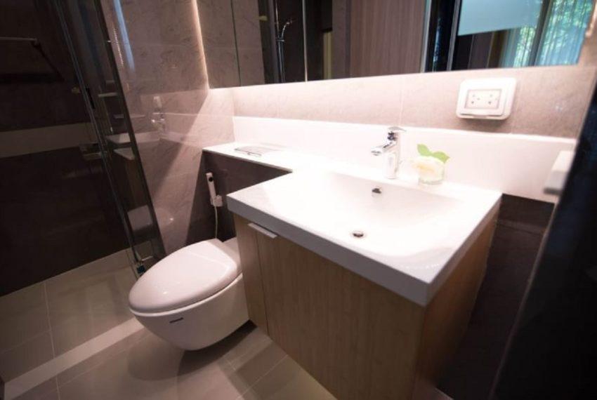 Urbitia Thonglor-bathroom-sale (2)