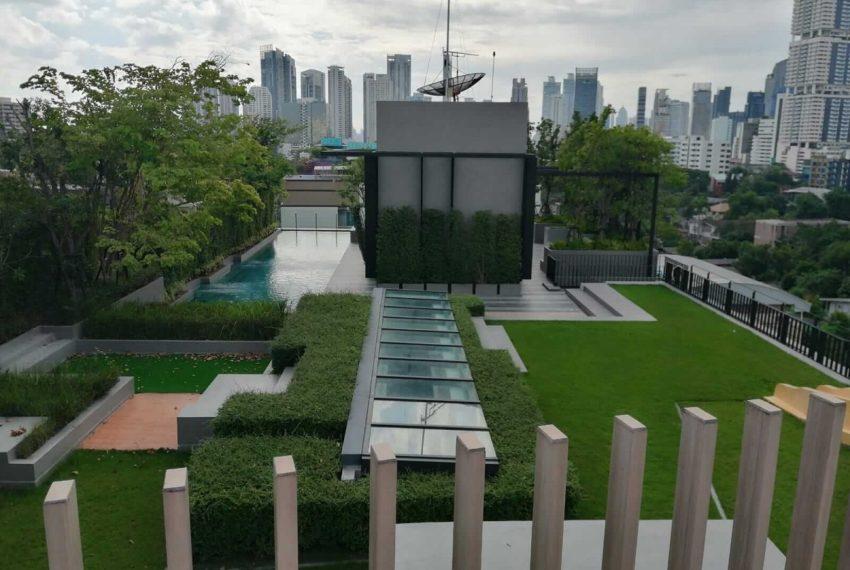 Urbitia Thonglor condo - rooftop