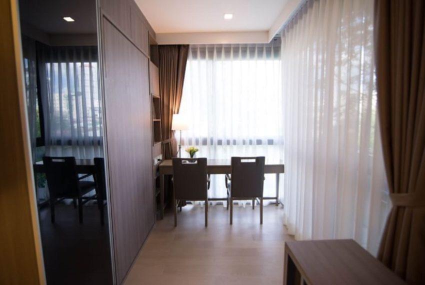 Urbitia Thonglor-livingroom-sale2