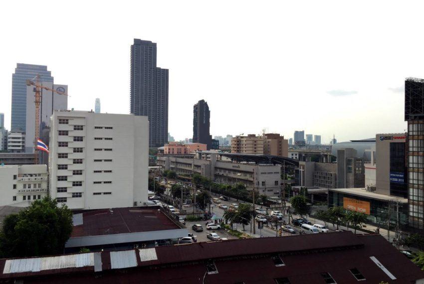 Villa Asoke 1 bedroom sale low floor - city view