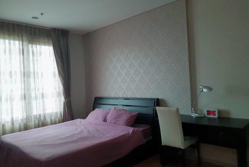 Villa Asoke 1b1b rent - bed