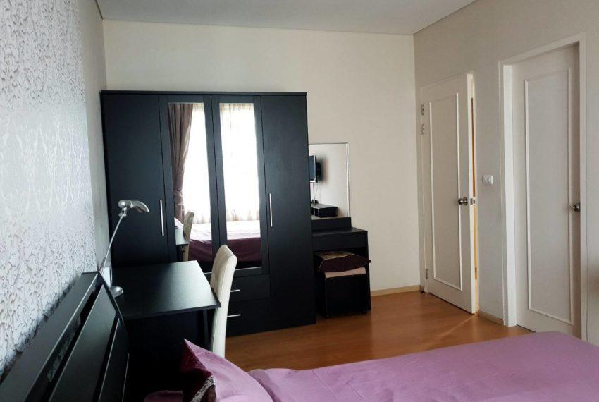 Villa Asoke 1b1b rent - bed room
