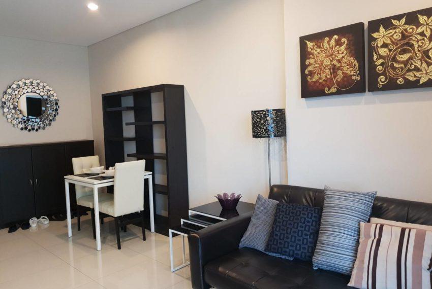 Villa Asoke 1b1b rent - fully furnished