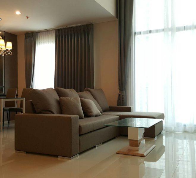 Villa-Asoke-1b2b-duplex-rent-mid-floor-living-room