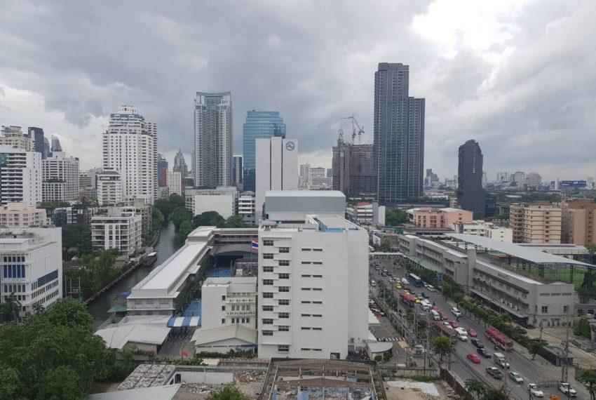 Villa-Asoke-2-bedroom-rental-mid-floor-balcony-view