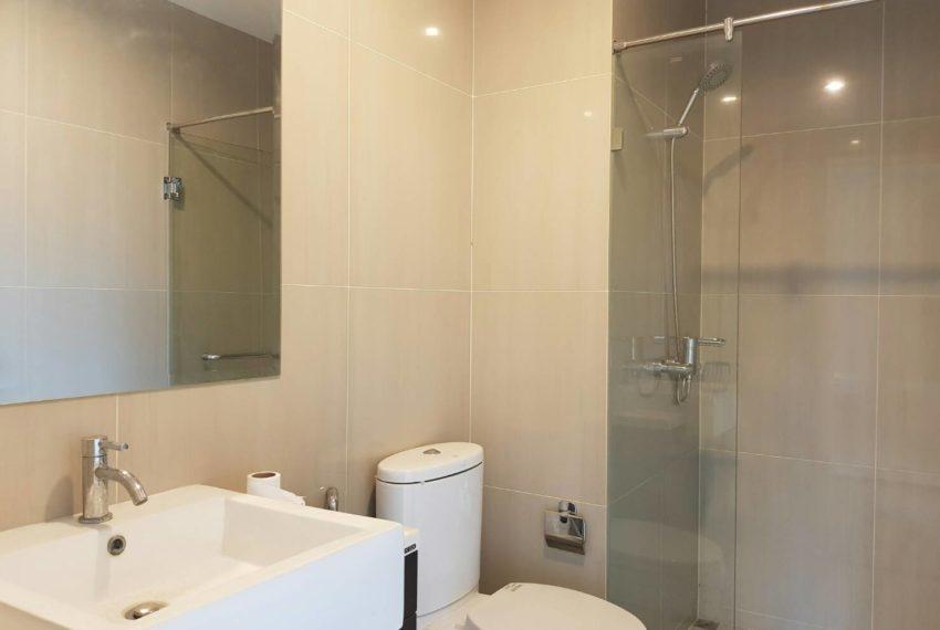 Villa-Asoke-2-bedroom-rental-mid-floor-bathroom