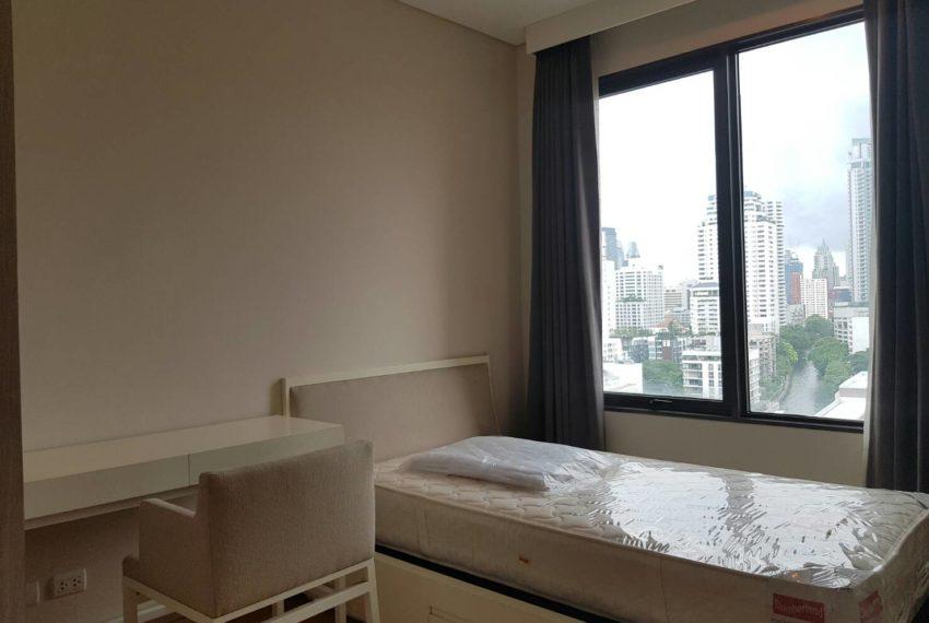 Villa-Asoke-2-bedroom-rental-mid-floor-bedroom1