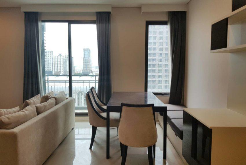 Villa-Asoke-2-bedroom-rental-mid-floor-fully-furnished