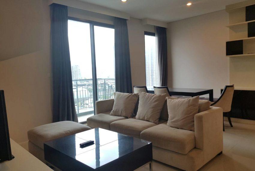 Villa-Asoke-2-bedroom-rental-mid-floor-living