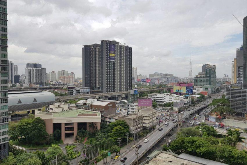 Villa-Asoke-2-bedroom-rental-mid-floor-view