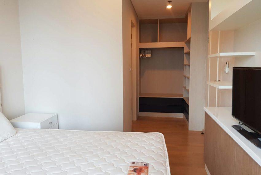 Villa-Asoke-Rent-1-bedroom-low-floor-bedroom2