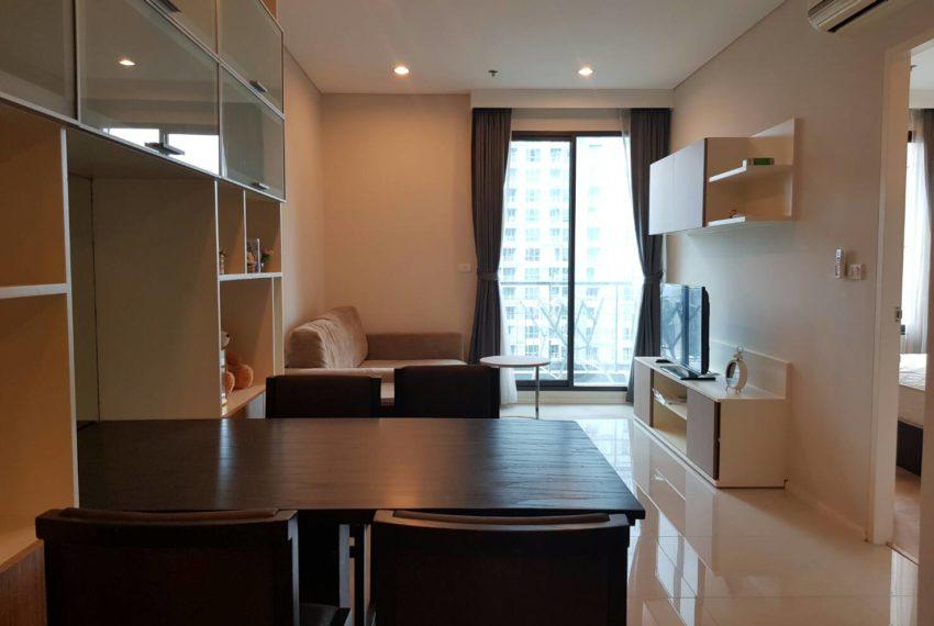 Villa-Asoke-Rent-1-bedroom-low-floor-living-area