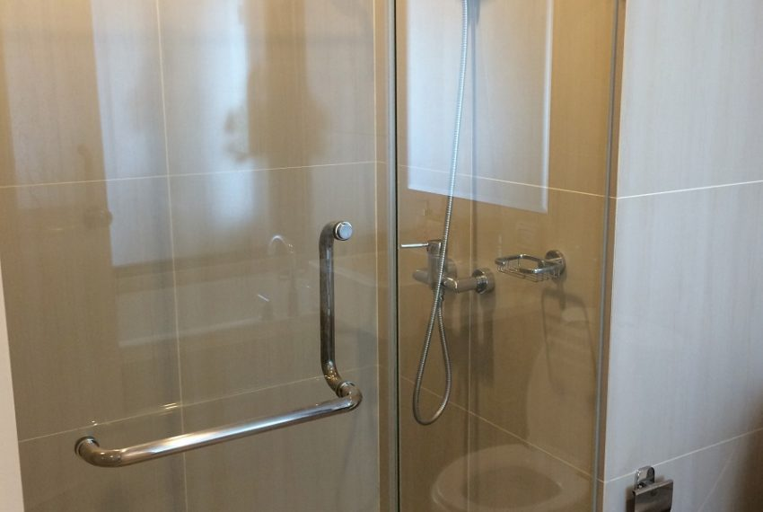 Villa Asoke duplex 1 bedroom sale low floor - shower