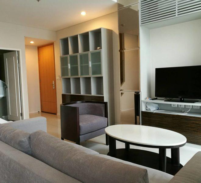 Villa Asoke - rent - 1b2b duples - low floor - nice
