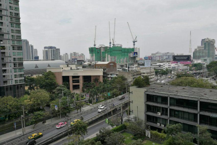 Villa Asoke - rent - 1b2b duples - low floor - view