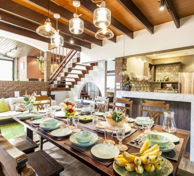 Villahouse_Diningroom_Rent