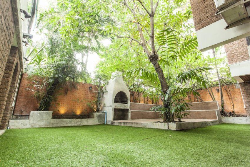 Villahouse_Garden_Rent
