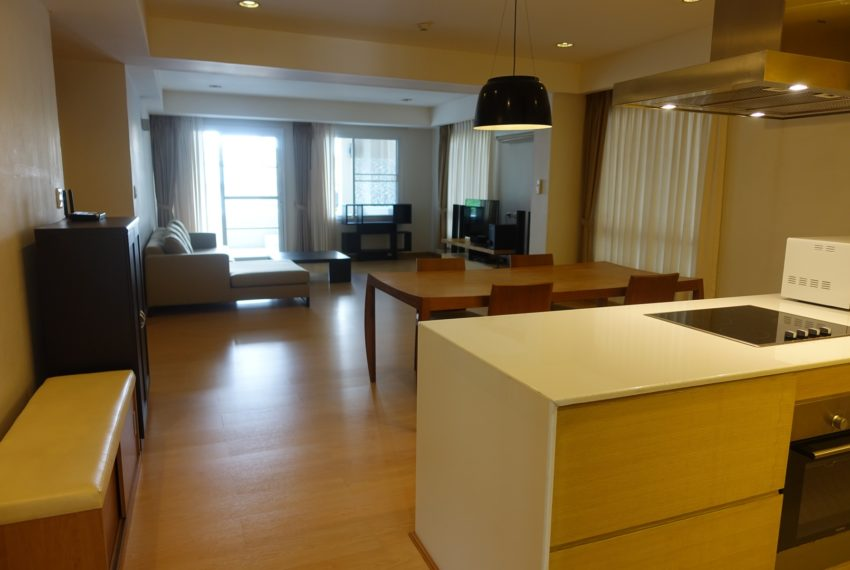 Viscaya Private Residences -2-bedroom-rent-living
