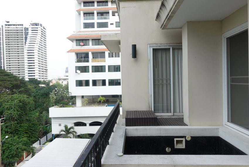 Viscaya Private Residences-2bed-1study-rent-balcony-jacuzzi